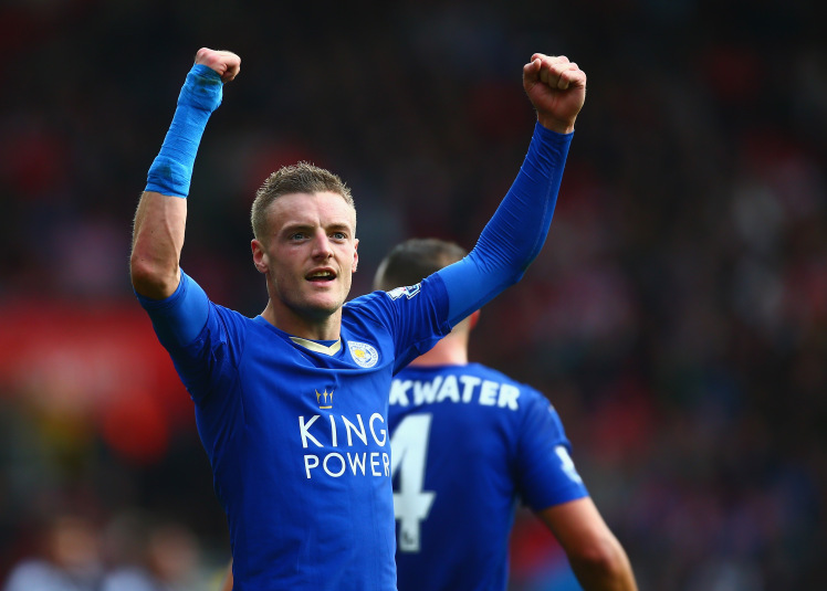 SOUTHAMPTON, ENGLAND - OCTOBER 17:  Jamie Vardy of Leicester City celebrates scoring his team's second goal during the Barclays Premier League match between Southampton and Leicester City at St Mary's Stadium on October 17, 2015 in Southampton, England.  (Photo by Jordan Mansfield/Getty Images)